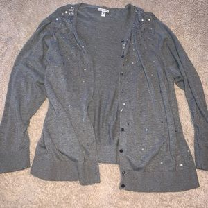 Grey cardigan with sequence. Size 3x